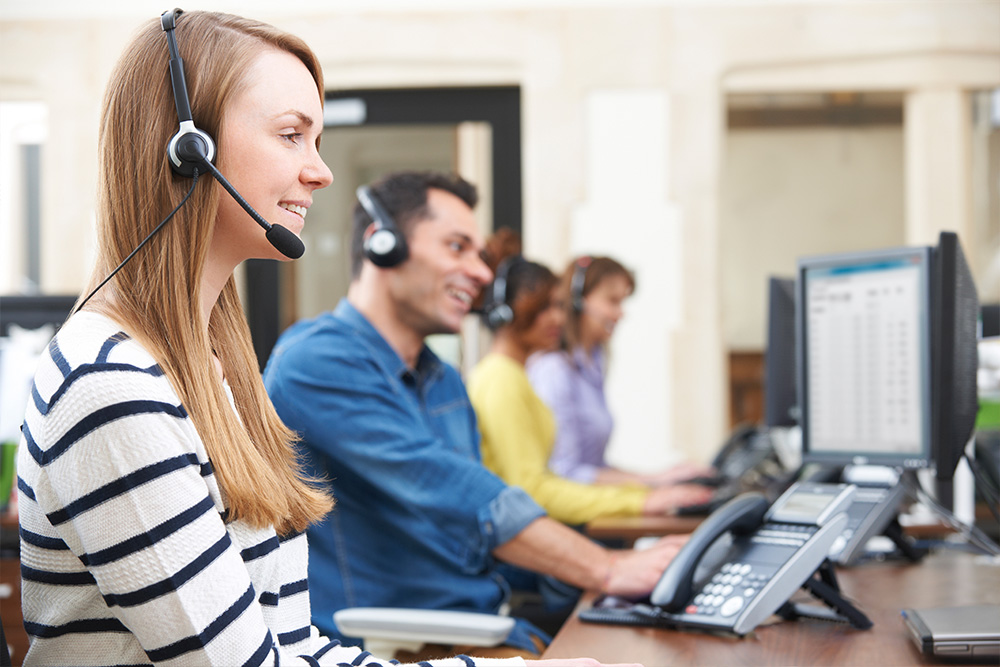 Best Property Management Company in Novi MI - Winston-Traitel - workers_on_the_phone_in_call_center